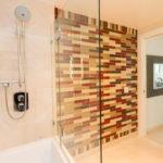 829 Folsom Street 502 Ackerman-Burgelman Bathroom Tub and Shower
